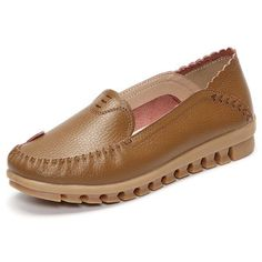 Soft Rubber Sole Round Toe Pure Color Slip On Flat Loafers - US$26.17