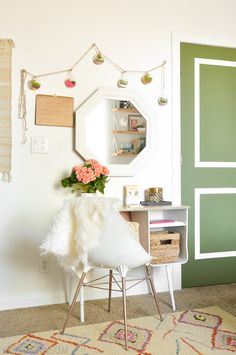 Upcycled Desk and Chair Succulent Garland Teenage Girl's Boho Bedroom Makeover - Vintage Revivals Mesa Retro, Retro Desk, Teenage Room, Teen Girl Bedrooms, Trendy Bedroom, Boho Teen Bedroom, Teen Bedroom Makeover, Desk Makeover, Modern Bedroom