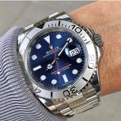 rolex watches for men Lux Watches, Fine Watches, Sport Watches, Cool Watches, Fashion Watches, Retro Watches, Mens Designer Watches, Luxury Watches For Men, Rolex Submariner Blue