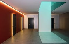 Burkhalter Sumi- Corridor in theForsanosefactoryconversion, Volketswil 2013.