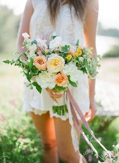 jose villa, flowerwild, finch and thistle event design bouquet