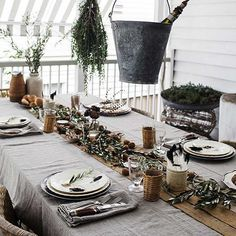 Rough Linen Orkney tablecloth and napkins at Kara Rosenlund's cottage in Australia