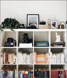 The littlest things in life is where we find real true joy Can you spot any fav. The littlest things in life is where we find real true joy Can you spot any favourite books youve read? Image Deco, Home Design, Interior Design, Design Design, Aesthetic Rooms, New Room, Bedroom Decor, Home Decor, Furniture Plans