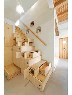 Trap met lades en kastjes - Kleine kamer? 11x optisch bedrog