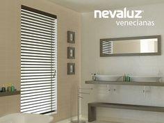 Wood blinds Nevaluz