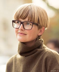On the Street...Louise Veng, street style, photographer, Paris Fashion Week / Garance Doré