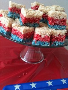 Fourth of July: Of July Rice Crispy Treats For my Red, White, & Boom Bash Just Desserts, Delicious Desserts, Yummy Food, Dessert Healthy, 4th Of July Party, Fourth Of July, Patriotic Party, Patriotic Desserts, Rice Krispie Treats