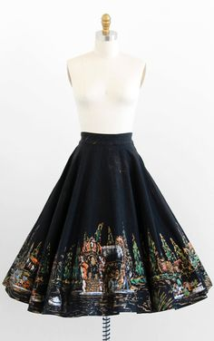 vintage 1950s hand painted black + gold Mexican souvenir skirt | http://www.rococovintage.com