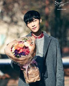 The great seducer Handsome Korean Actors, Handsome Boys, Doctor Stranger, Weightlifting Fairy Kim Bok Joo, Woo Young, Kdrama Actors, Kim Min, Korean Star, Asian Actors