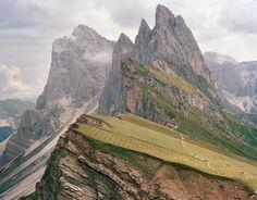 De Agrónomos Por El Mundo  Praderas de forraje, Las Dolomitas, Italia.