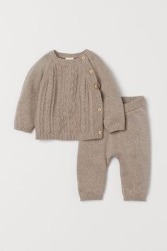 Cotton Sweater and Pants - Taupe/cable-knit - Kids Baby Outfits, Newborn Outfits, Newborn Clothing, Neutral Baby Clothes, Cute Baby Clothes, Baby Boy Fashion, Kids Fashion, Paris Fashion, Cotton Jumper