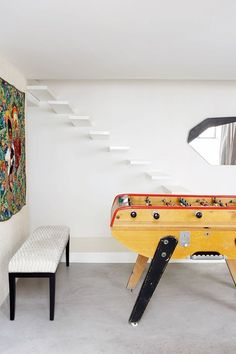 Spiral? Floating? Discover staircase design ideas on HOUSE - design, food and travel by House & Garden. The floating, cantilevered staircase is elegant and unobtrusive.