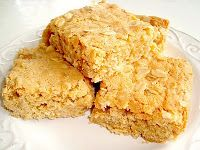 Chewy Oatmeal Blondies - Paris Pastry / Martha Stewart