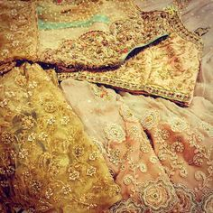 This season there is a move toward the cooler and softer side of the Colour spectrum ✨these beautiful rose golds has us daydreaming#floralgoddess  #umshabyuzmababar#bookyouroutfitnow  #loveit#couture#perfection#maroori  #allhandwork