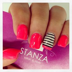 Pretty pink nails with one finger black and white stripes with pink at the bottom Get Nails, Fancy Nails, Love Nails, How To Do Nails, Pretty Nails, Pink Nails, Gel Nagel Design, Gelish Nails, Nagel Gel