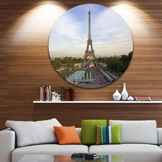 DESIGN ART Designart 'Paris Eiffel Tower View in Midday Lighting' Cityscape Disc Metal Artwork