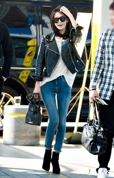 Black Leather Jacket with Bob Cut Fashion of Snsd Yoona Snsd Airport Fashion, Snsd Fashion, Fashion 2020, Girl Fashion, Fashion Outfits, Womens Fashion, Fashion Spring, Fashion Ideas, Athleisure