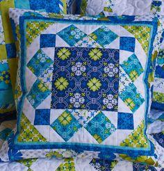 Quilt Magazine | Quilt Magazine » Blog Archive » QUILT: June/July 2013 – Pattern Play Pillow #1