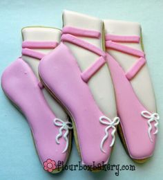 Ballerina cookie decorating ideas on pinterest ballerina for Ballet shoes christmas decoration