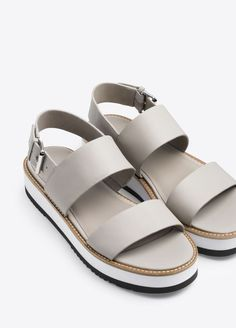 Mana Leather Flatform Sandal