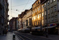 Ein Tag in Graz - Route, Highlights & Tipps für einen Tagesausflug - Miss Classy Highlights, Street View, Old Town, Day Trips, Graz, Road Trip Destinations, Tips, Pictures, Luminizer