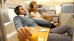 """""""Zu einem erholsamen Flug gehört weit mehr als etwas Beinfreiheit und wenig Turbulenzen. Viele Reisende greifen unterwegs auch auf Service-Angebote der Fluggesellschaften zurück, ordern spezielle Mahlzeiten, checken mobil ein oder nutzen Unterhaltungsangebote an Bord.""""  - See more at: http://www.bild.de/reise/fluege/airline/fluglinien-service-vergleich-31576378.bild.html"""
