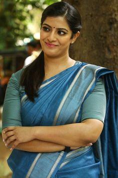 Varalaxmi Sarathkumar In Pink Saree At Tamil Film Audio Launch - Tollywood Stars Indian Actress Hot Pics, South Indian Actress Hot, Tamil Actress Photos, Indian Actresses, South Actress, Beautiful Girl Indian, Most Beautiful Indian Actress, Beautiful Saree, Beautiful Actresses