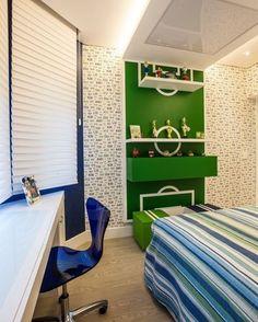 Para garotos que amam futebol! A arquiteta @adrianadigarcia criou um quarto…