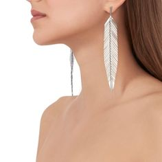These dramatic statement earrings flutter with each movement and beautifully elongate the neck. Handcrafted in high polished gold. Feather Earrings, Leaf Earrings, Gold Ring Designs, Gold Feathers, Handbag Accessories, Statement Earrings, 18k Gold, Gold Rings, White Gold