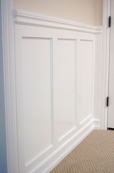 Recessed Panel Wainscoting With Chair Rail Exactly What I Want In The Family Room And Dining White A Soft Linen Above