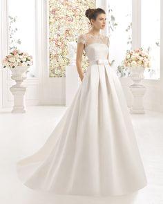 Vestido de noiva de guipura e renda. Coleção 2017 Aire Barcelona