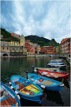 Vernazza, Cinque Terre, Liguria, Italy -- A day isn't enough! I would love to spend a whole week in Cinque Terre