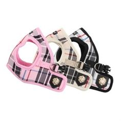 Join the upper-class society of dogs with the classic, conservative Puppia Junior Vest Harness! This lightweight jacket style harness for dogs features a preppy plaid pattern in pink, beige or black and Puppia's luxurious brand name gold emblem. The uniqu