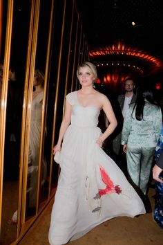 Dianna Agron in Tory Burch  I cannot get over how amazingly gorgeous this dress is...