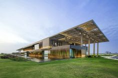 Public Building of the Year: Dakar Congress Center / Tabanlioglu Architects Melkan Girsel & Murat Tabanlioglu. Image Courtesy of LEAF International