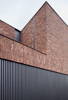 Woning HC by Studio Hegers via Brick Cladding, House Cladding, Brickwork, Facade House, Brick Architecture, Minimalist Architecture, Futuristic Architecture, Chinese Architecture, Architecture Office