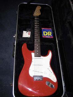 1963 Fender Stratocaster - Fiesta Red