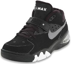 Nike Air Force Max. Worn by Charles Barkley. 1993. Back when basketball shoes looked good.