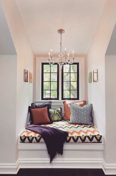 Amazing idea my Kar would love for a reading nook