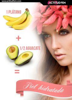 Plátano + Aguacate  Mascarilla hidratante en casa. JEssi Chihuaque Arcila ·  Cosmo · 10 comidas para un pelo sano. a67672a62cc5
