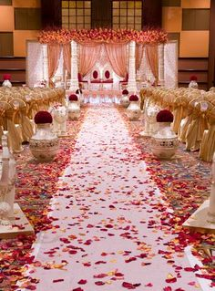 Flowers wedding ceremony aisle rose petals Ideas Best Picture For wedding ceremony decorations inexpensive For Your Taste You are looking for something, and it is going to tell y Wedding Ceremony Ideas, Wedding Hall Decorations, Indian Wedding Ceremony, Marriage Decoration, Wedding Mandap, Wedding Receptions, Indian Wedding Flowers, Desi Wedding Decor, Tamil Wedding