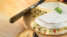 Brie Bonaparte au four, sauce chimichurri