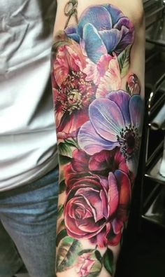 Tattoos Anna Belozerova Watercolor flower tattoo Article Physique: Flowering panorama bushes are the Floral Thigh Tattoos, Girly Tattoos, Pretty Tattoos, Rose Tattoos, Beautiful Tattoos, Flower Tattoos, Stomach Tattoos, Leg Tattoos, Body Art Tattoos