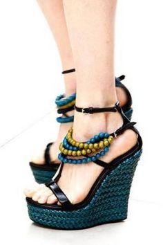 Tendências sapatos femininos verão 2013. Foto:Divulgação: Style.com