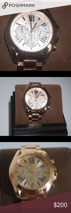 Michael Kors women's watch New! Comes with box and care book! Willing to consider reasonable offers so send them in! Michael Kors Accessories Watches