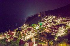 Hamilton Cove (Catalina Island), by night