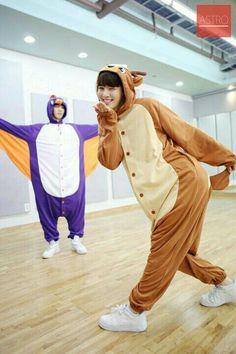 Astro official fancafe - Rocky e EunWoo Astro Eunwoo, Cha Eunwoo Astro, Jooheon, Kpop, Jin, Astro Wallpaper, Marvel Wallpaper, Sanha, Pre Debut