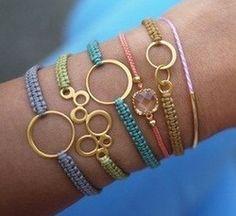 Kralen en Sieraden onderdelen van hoge kwaliteit voor een lage prijs! GRATIS tutorials en Beads & Basics Kralen en Sieraden tijdschrift