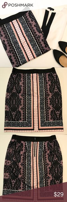 """Eloquii Lace Print Skirt Very stretchy scuba fabric with elastic waistband. Back zip. 26"""" length. EUC. Worn once. Eloquii Skirts Pencil"""