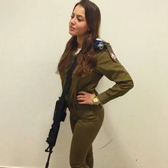 Beautiful Military Girls Of Israel  (70 pics) - Picture